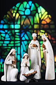 image of magi  - A nativity scene composed of the 3 magi - JPG