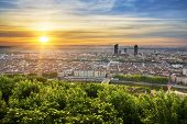 Постер, плакат: View Of Lyon At Sunrise