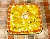picture of pyrex  - mashed potatoes with roasted garlic pie served in a pyrex - JPG