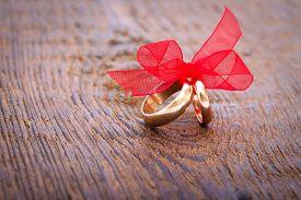 foto of wedding  - Wedding decoration with wedding rings - JPG