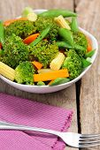 pic of mange-toute  - Broccoli salad with carrot  - JPG