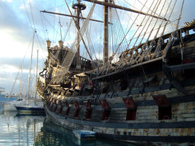 foto of pirate ship  - The old ship  - JPG