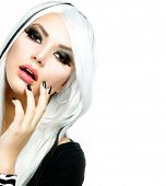 image of silver-hair  - Beauty Fashion Girl black and white style - JPG