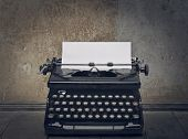 pic of typewriter  - typewriter - JPG