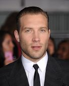 LOS ANGELES - MAR 18:  Jai Courtney arrives to the 'Divergent' Los Angeles Premiere  on March 18, 20