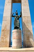 pic of messina  - Square and statue of liberty of Reggio Calabria italy - JPG