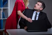 Постер, плакат: Sexual Harassment In The Workplace
