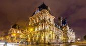 pic of city hall  - Hotel de Ville  - JPG