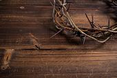 picture of humility  - A crown on thorns - JPG