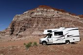 pic of motorhome  - Travelers parked their motorhome to go explore this desert wilderness - JPG