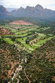 Постер, плакат: Аэрофотоснимок гольфа вблизи Sedona Аризона