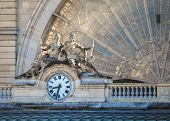 pic of gare  - Clock on the facade of Gare de l - JPG
