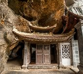 picture of dong  - Ancient buddhist pagoda cave complex Bich Dong - JPG