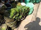 pic of kadai  - plates made of leafs for serving food in India - JPG