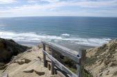 Постер, плакат: Пляжи и скалы Торри Пайнс Калифорния