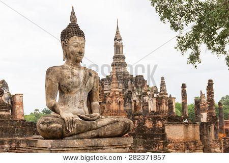 Buddha Statues At Wat Mahathat