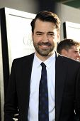 LOS ANGELES - JUL 15:  Ron Livingston arrives at the