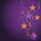 Постер, плакат: Фиолетовый рождественские украшения на глубокий цвет фона Золотые звезды как цвета выделения