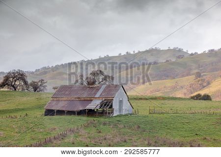 Abandoned Barn In The Foothills