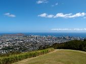 pic of waikiki  - Park in the mountains with view of Diamondhead and the city of Honolulu on Oahu on a nice day - JPG