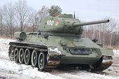 pic of cold-war  - Old Russian Tank since World War Two - JPG