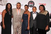 vLOS ANGELES - FEB 22:  Anthony Anderson, family at the 45th NAACP Image Awards Arrivals at Pasadena