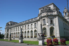 picture of city hall  - exterior view of Cardiff city hall - JPG
