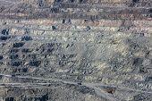 image of asbestos  - In the asbestos quarry - JPG