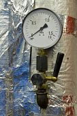 pic of manometer  - Manometer pressure in the boiler room - JPG