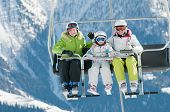 image of family ski vacation  - Ski lift  - JPG
