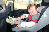 foto of ling  - baby do not want to sit at sea belt - JPG