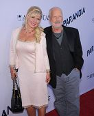 LOS ANGELES - AUG 08:  Richard Dreyfuss & Svetlana Erokhin arrives to