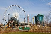 Niagara Falls Dinosaur Adventure Golf, Casino And Hotels