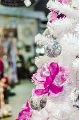 picture of xxl  - White Christmas Tree with Red Magenda and Silver decoration  - JPG