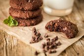 pic of mints  - Double chocolate chip cookies with mint and coconut milk - JPG