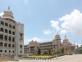 pic of vidhana soudha  - Landmark monuments  - JPG