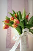 picture of flower arrangement  - Tulip arrangement - JPG