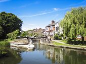 Pub Grand Union Canal Berkhamsted