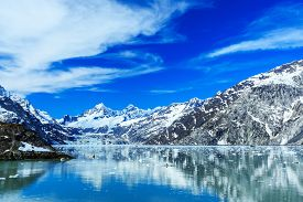 picture of nationalism  - Panoramic view of Glacier Bay national Park - JPG