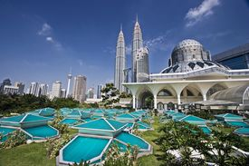picture of petronas towers  - petronas twin towers at kuala lumpur malaysia - JPG