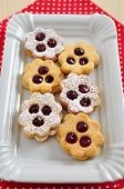 image of linzer  - Traditional Linzer Cookies with sugar and jam - JPG