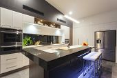 foto of mansion  - New LED lit modern kitchen in stylish home