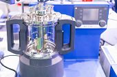 Advanced Modular Vacuum Reactor Vessel With Direct Drive Stirrer Inside Device Of Lab For Chemical R poster