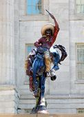 foto of vaquero  - Vaquero statue at the National Museum of American Art in Washington DC - JPG