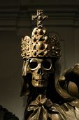 image of emperor  - Crowned skeleton in the ancient emperor tombs Kaisergruft in Vienna - JPG