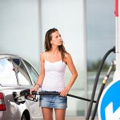 pic of gasoline station  - Attractive - JPG