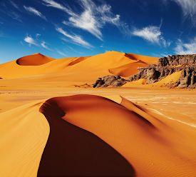 pic of sahara desert  - Sand dunes and rocks - JPG