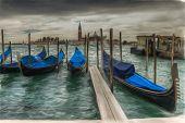 foto of gondola  - Venetian gondolas on the water oil on canvas - JPG