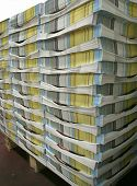 pic of stelles  - pile of colored brochures ready for transport - JPG
