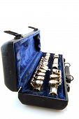 pic of etui  - Black case with silver flute in blue velvet - JPG